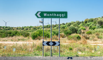 Landscape image of a Wonthaggi road sign