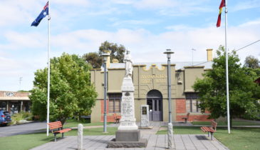 Bannockburn Shire Hall facade
